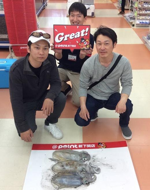 浜田様(左側)アオリイカ2019.04.21